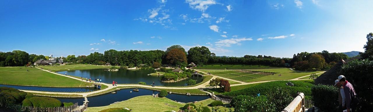 s-20161103 後楽園今日の唯心山頂上から眺めた園内ワイド風景 (1)