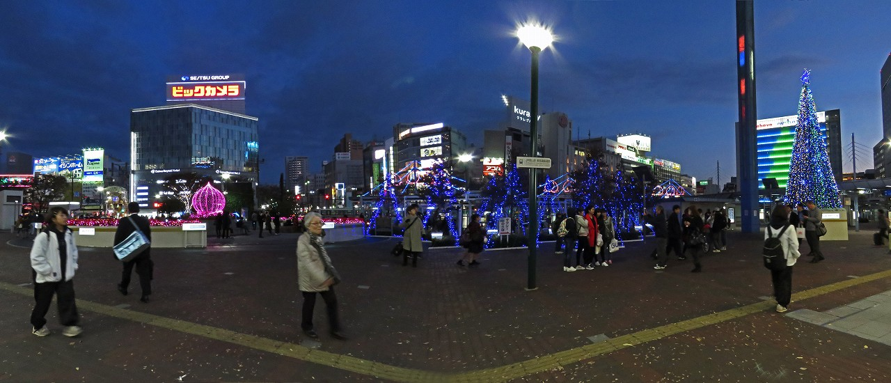 s-20161129 岡山駅周辺のイルミネーションワイド風景 (1)