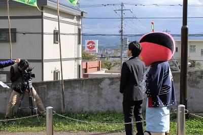2016-10-13ぐるっと北海道取材役場前 (17)