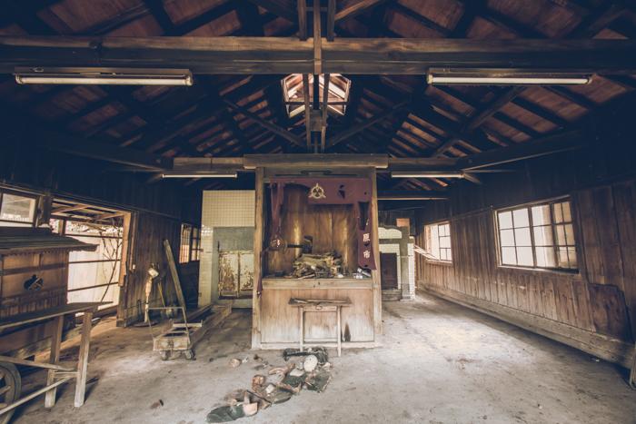 20161119_abandoned_crematorium_3.jpg