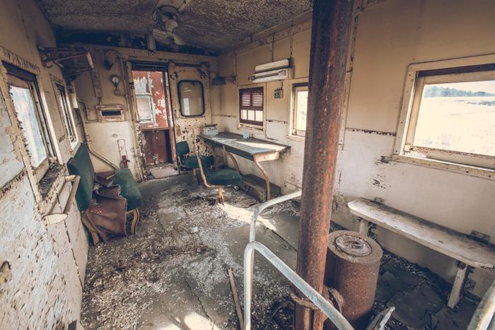 20161220_abandoned_train_12.jpg