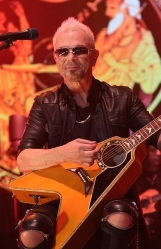 Rudolf_Schenker_-_Scorpions_MTV_Unplugged_April_2014.jpg