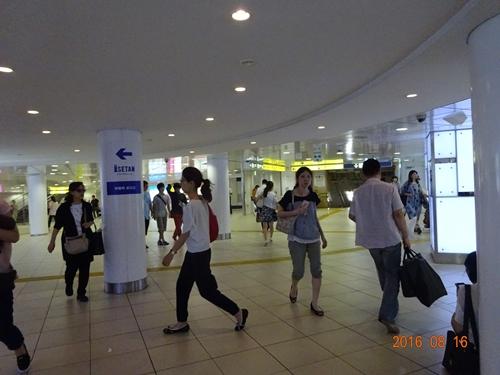 DSC06498新宿3丁目駅