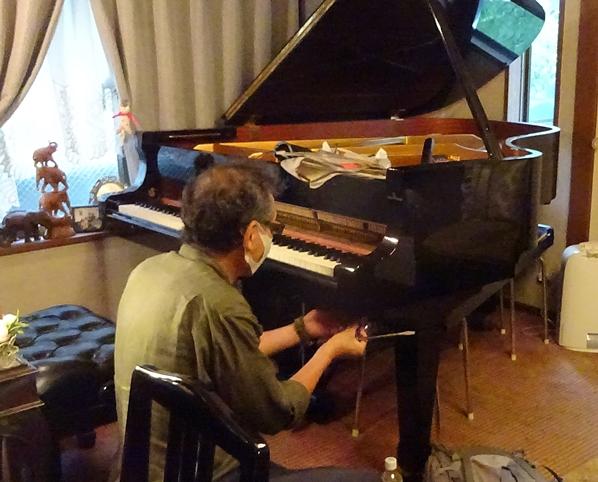 DSC06728ピアノ調律
