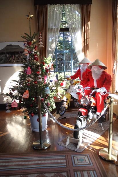 西洋館のクリスマス_90127