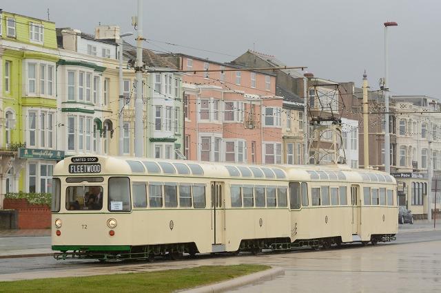 Blackpool272+T2-1.jpg
