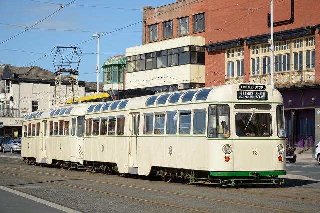 Blackpool272+T2-6.jpg