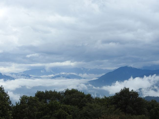 p この方向に富士山