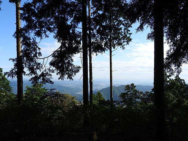 h 山頂からの眺め