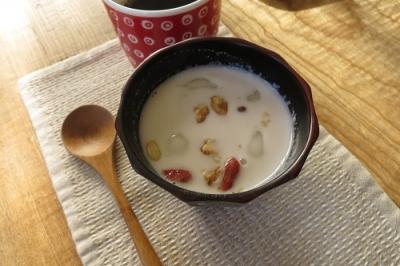 白玉ココナッツ汁粉