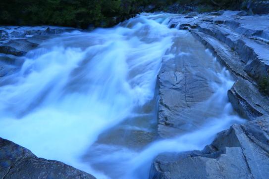 幽玄なる渓流