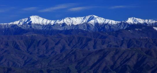 傘山から望む白鳳三山
