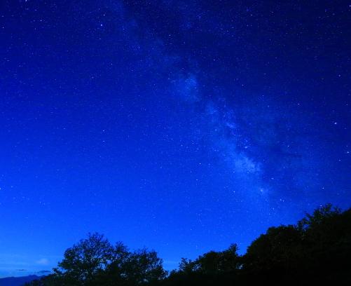 09-夏の夜空に輝く天の川