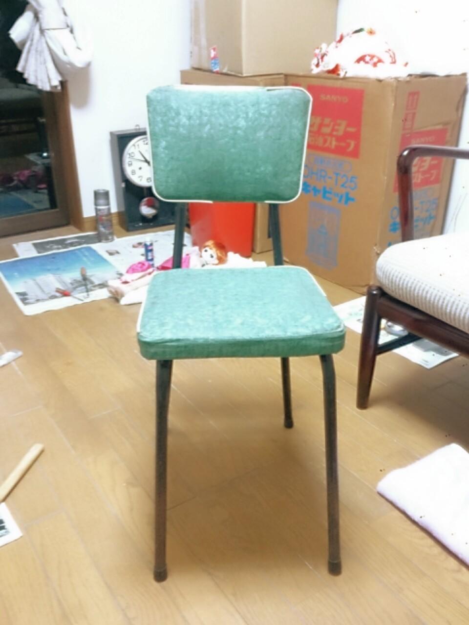 ふるい椅子がありました
