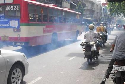 排気ガス バス (1)
