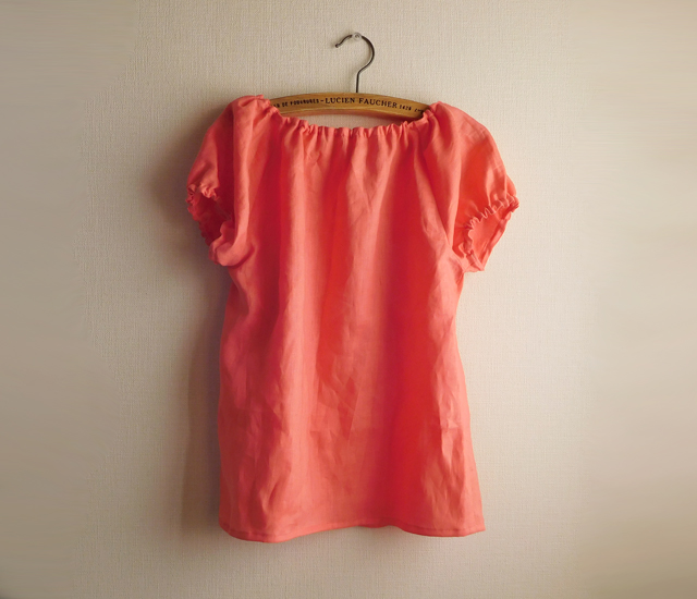 リネンふんわりブラウス サンゴ色