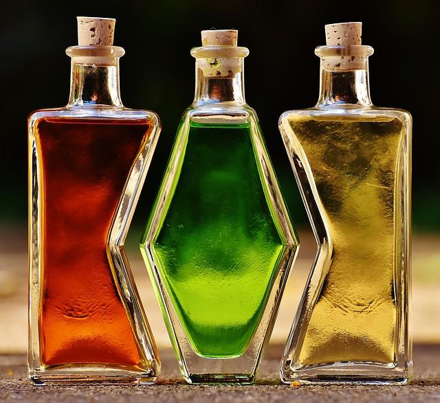 bottles-1640819_640.jpg