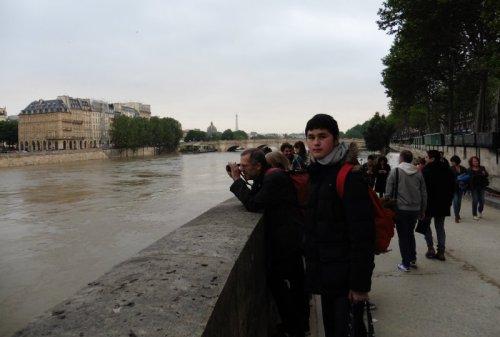 セーヌ氾濫見物