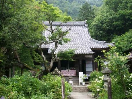 DSC01144三光寺本堂