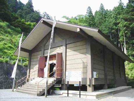横蔵寺瑠璃堂
