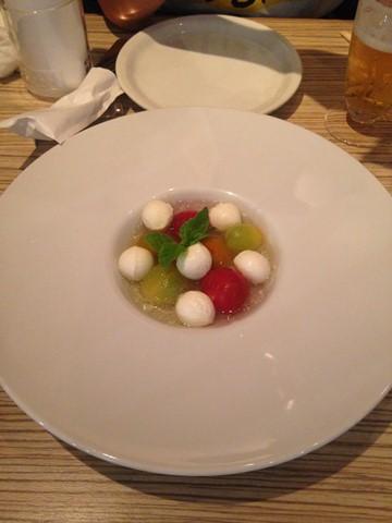 生牡蠣とサラダ (2) (コピー)
