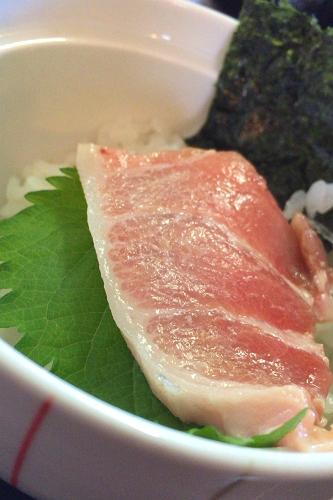 マグロステーキ丼 (4)_500