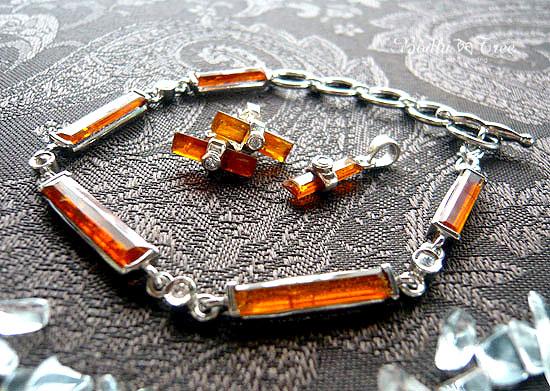 オレンジカヤナイト