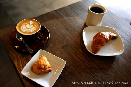 SUNNY'S COFFEE◇Latte&スフォリアテッラ