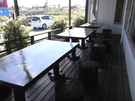 Cafe椎の木テラス席