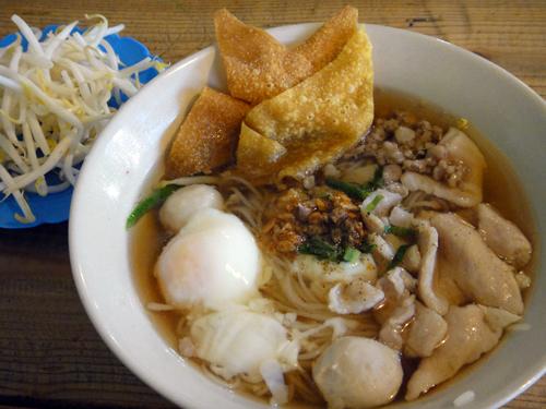 201611Chiangmai_NoodleShop-8.jpg