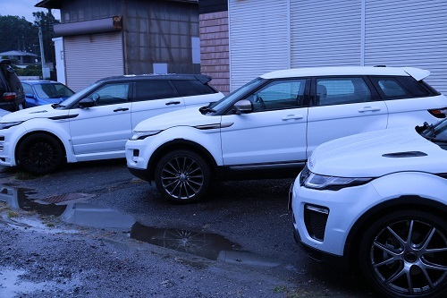 EVOQUE SIDE SHOT