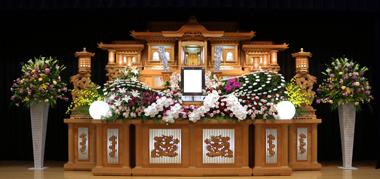 花祭壇 赤 やすらぎ会館 豊川 花屋 花夢