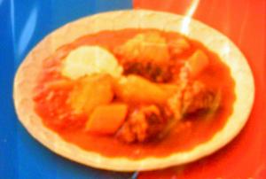 ボルシチ味ヌードル皿