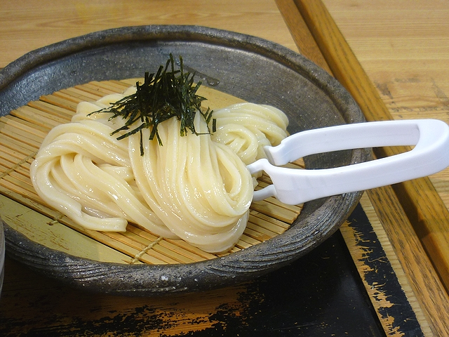 土ごぼう天ざるの麺