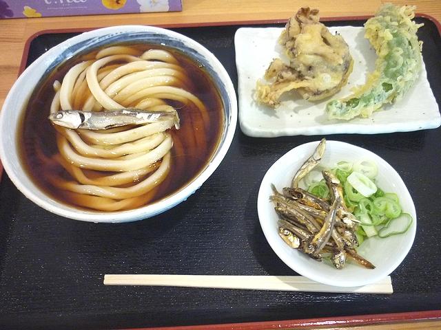 尼崎ブラックと野菜天