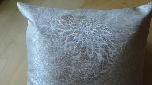 cushion1113_2016_2.jpg