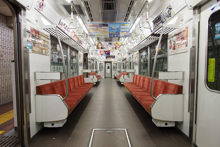 20161204_nagoya_city_subway_n1000-in02.jpg