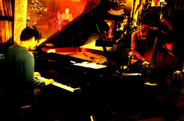 20161102 Jazz38 1 岩崎セッション 21㎝DSC09096