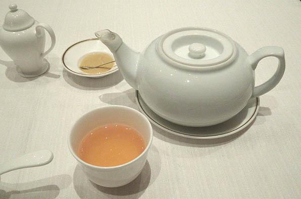 20161116 赤坂離宮 ジャスミン茶 21㎝14060000