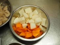 秋の根菜と豚ばら肉の煮物12