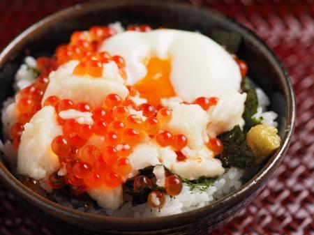 たたき長芋のイクラ丼19
