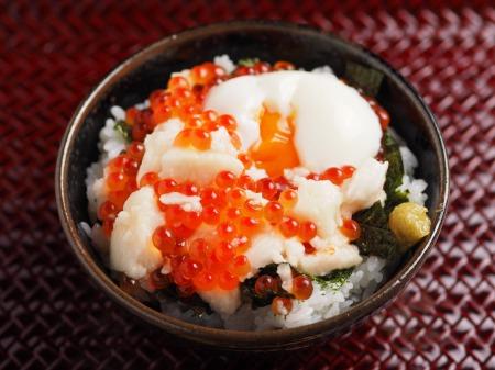 たたき長芋のイクラ丼13