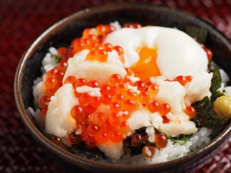 たたき長芋のイクラ丼18