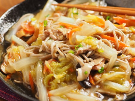 煮込み白菜のあんかけ蕎麦46