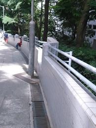 DSC_0007 (1)城市大学付近のいす