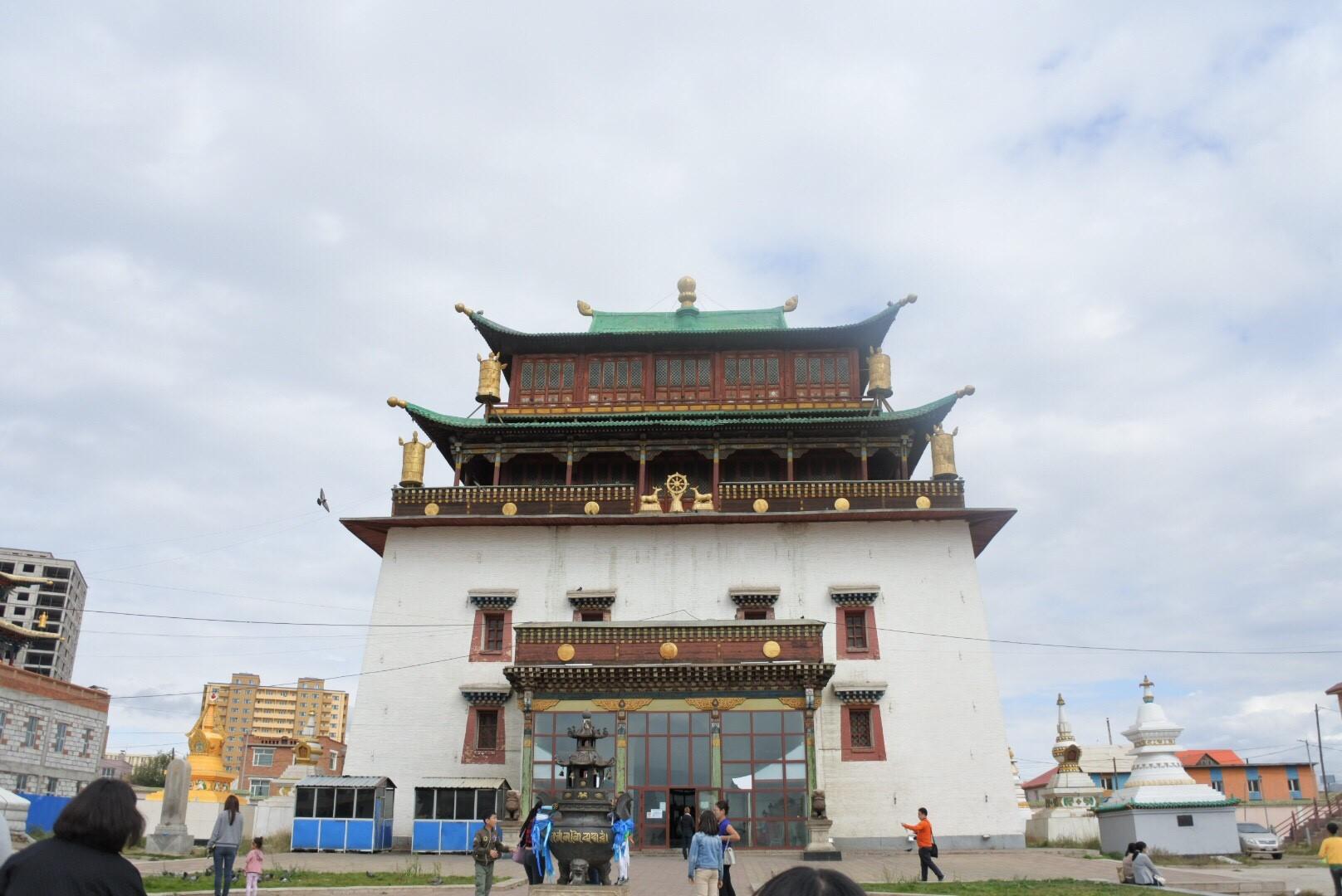 ガンダン寺2