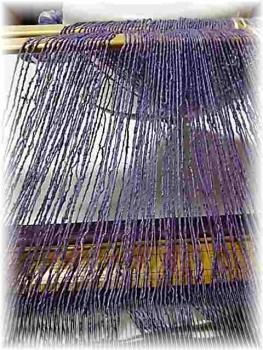紫根の経糸