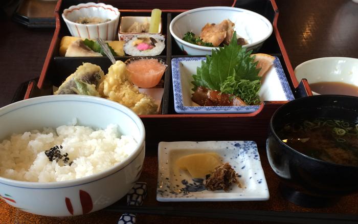 2016-和食料理屋のランチIMG_0059