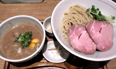 麺と心 7 濃厚 鯖のどろつけ麺