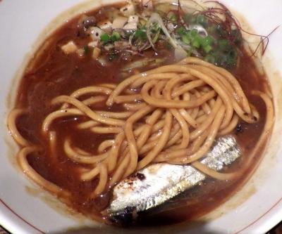 麺と心 7 サンマ白湯ラー麺 ~自家製もちもち太麺~(麺のアップ)